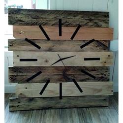 Drewniany zegar cisza i spokój. Wielkości 55 x 55 cm